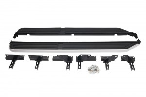 Side Steps with Black Rubber Tread suitable for Discovery 3 & Discovery 4 vehicles
